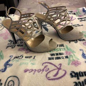 EUC Very Sexii Woman's Dress Heels